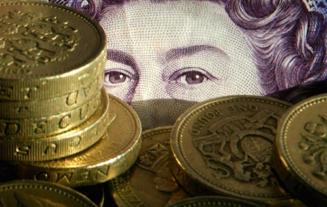 GBP bersiap untuk penembusan ketiga dari 1.37500
