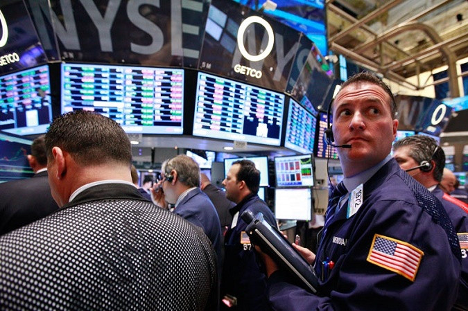 Stocks traded volatilely ahead of US inflation data