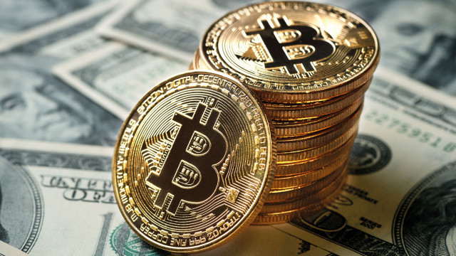 Bitcoin has renewed its record highs: the $70,000 milestone will soon be overcome, this is favored by the hype and the fundamental background