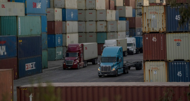 Supply chain disruptions threaten global economic recovery